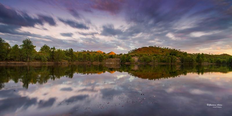 K613067  sunset inland lake Kimberley