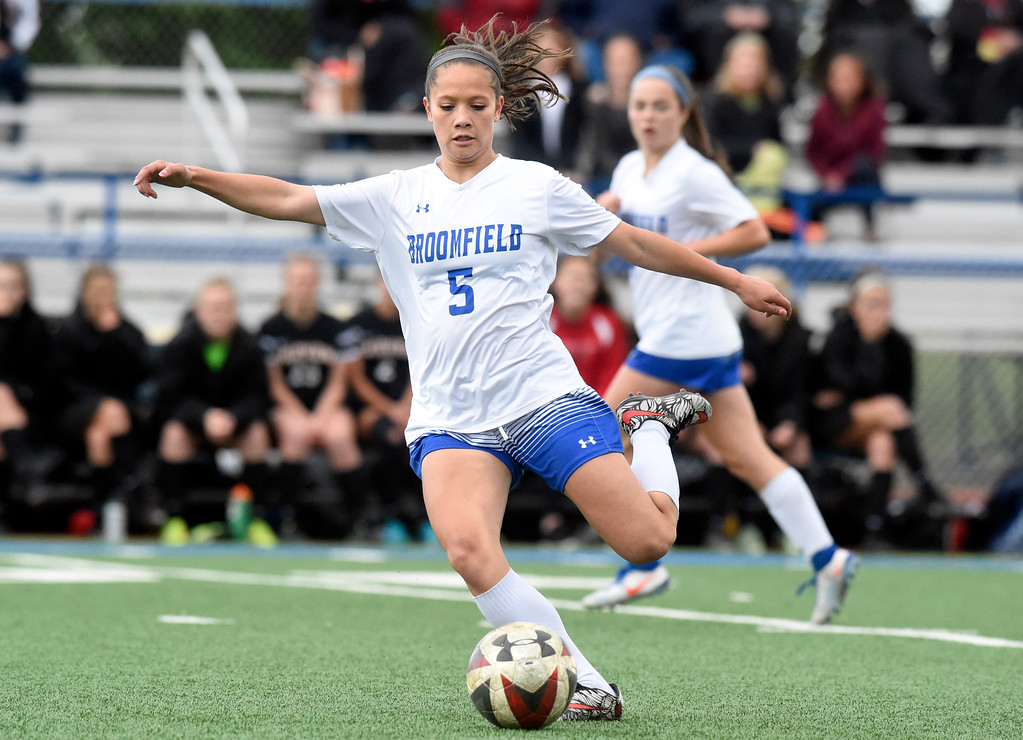 . Broomfield High School\'s Gia Lemley passes the ball upfield during a CHSAA State 5A Quarterfinal game against Fairview on Wednesday in Broomfield. Broomfield won the game 4-1. More photos: www.bocopreps.com Jeremy Papasso/ Staff Photographer/ May 17, 2017