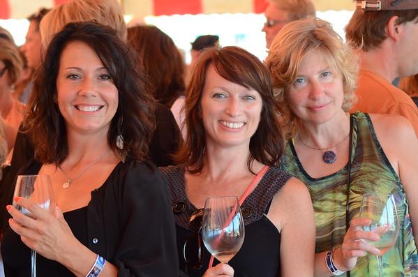 women at wine tasting