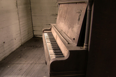 Please play me Delta music! Some old pianos and other southern style photos of mississippi music! Some old churches and other items found inside the church that represent our southern faith.