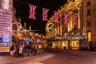 Piccadilly London 3677