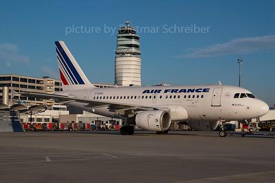 2007-01-31 F-GUGI Airbus A318 Air France