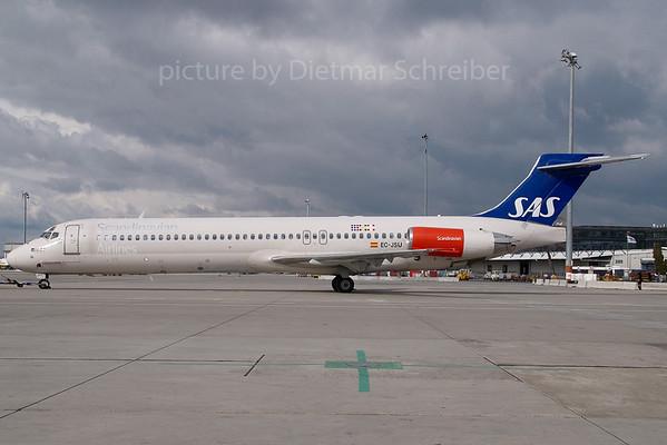 2007-02-27 EC-JSU MD87 SAS