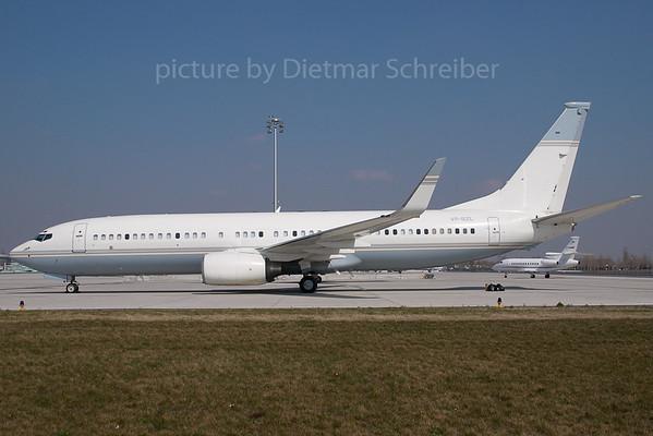 2007-03-30 VP-BZL Boeing 737-800 LOWA