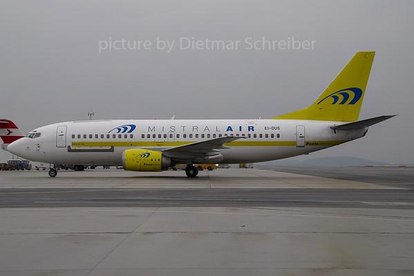2007-03-29 EI-DUS Boeing 737-300 Mistral AIr