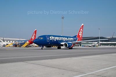 2007-03-30 OM-NGK Boeing 737-700 Skyeurope