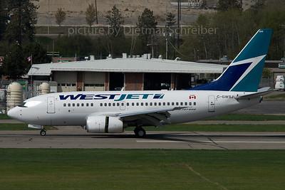 2007-04-30 C-GWSJ Boeing 737-600 Westjet