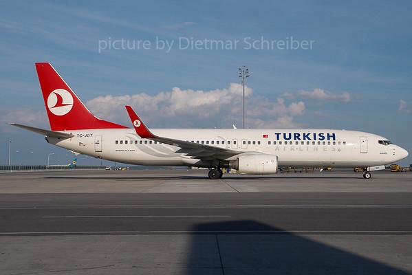 2007-06-30 TC-JGT Boeing 737-800 THY