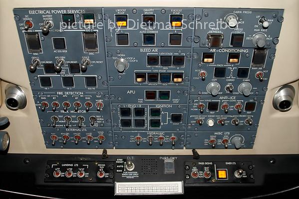 2007-09-27 OE-LCO Regionaljet 200 AUstrian Arrows