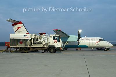 2007-10-22 OE-LTP Dash8-300 Austrian Arrows