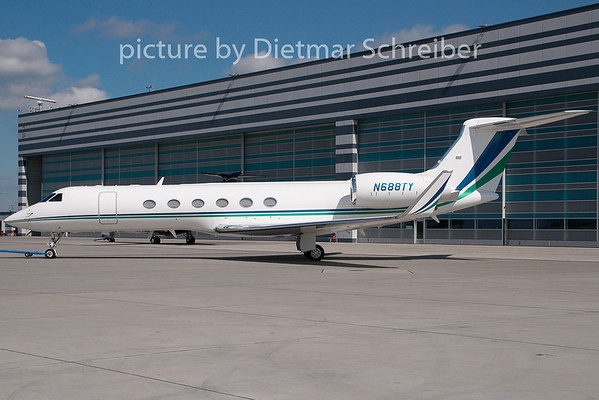 2008-04-30 N688TY Gulfstream 5
