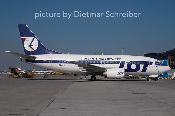2008-08-27 SP-LKD Boeing 737-500 LOT