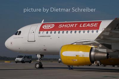 2008-09-29 OE-LEV Airbus A320 Flyniki