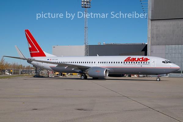 2008-10-30 OE-LNK Boeing 737-800 Lauda Air