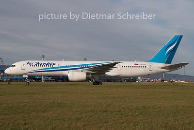 2008-10-30 OM-ASB Boeing 757-200 Air Slovakia