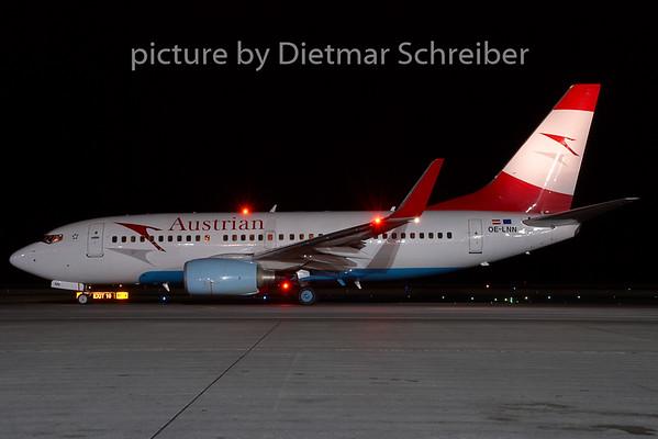2008-11-30 OE-LNN Boeing 737-700 Austrian Airlines