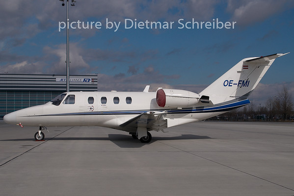 2009-02-27 OE-FMI Cessna 525