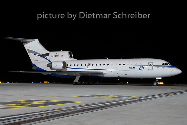 2009-02-25 RA-42412 Yakovlev  42