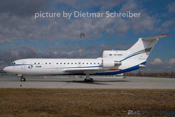 2009-02-27 RA-42412 Yakovlev 42