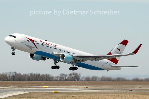 2009-03-28 OE-LAE Boeing 767-300 Austrian Airlines
