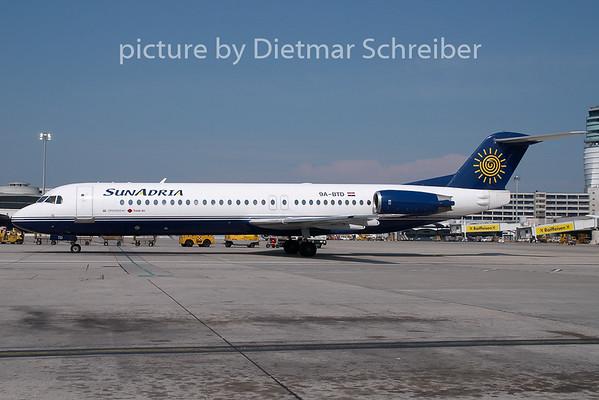 2009-04-30 9A-BTD Fokker 100 Sun Adria