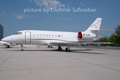 2009-04-30 M-YJET Falcon 2000