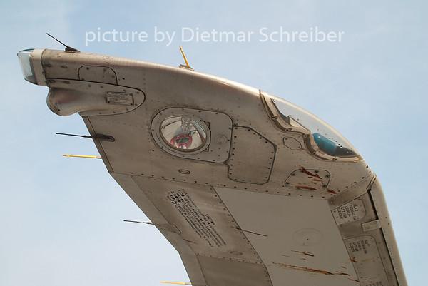 2009-04-30 I-DAWS MD80 AIr Albatros