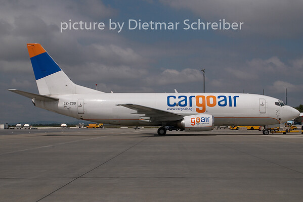 2009-06-25 LZ-CGO Boeing 737-300 Cargoair