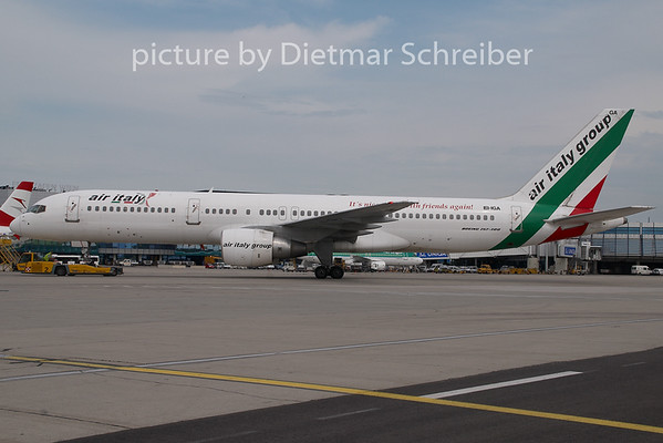 2009-06-15 EI-IGA Boeing 757-200 Air Italy