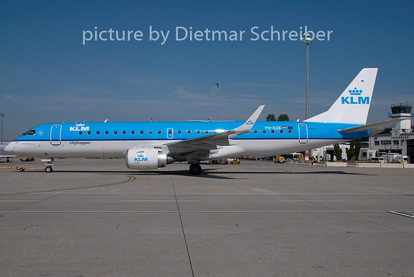 2009-07-29 PH-EZE Embraer 190 KLM