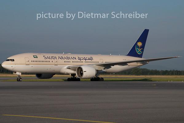 2009-07-29 HZ-AKK Boeing 777-200 Saudia