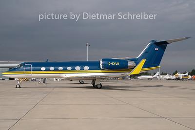 2009-09-30 G-EVLN Gulfstream 4