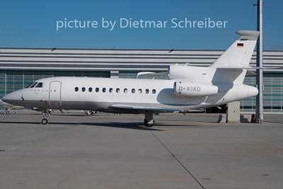 2009-10-27 D-AJAD Falcon 900