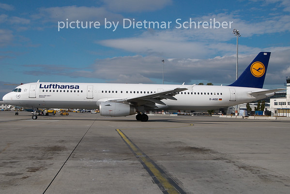 2009-10-27 D-AISD Airbus A321 Lufthansa