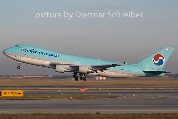 2009-11-26 HL7602 Boeing 747-400 Korean Air