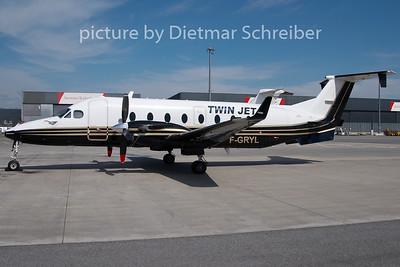 2010-03-30 F-GRYL Beech 1900D Twin Jet