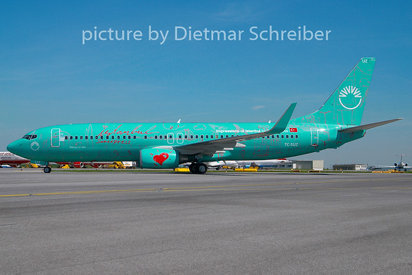 2010-04-29 TC-SUZ Boeing 737-800 Sunexpress