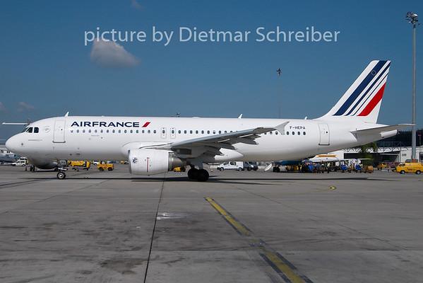 2010-04-28 F-HEPA Airbus A320 Air France