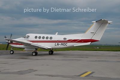 2010-05-27 LN-MOC Beech 200 King AIr