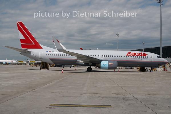 2010-05-27 OE-LNK Boeing 737-800 Lauda AIr