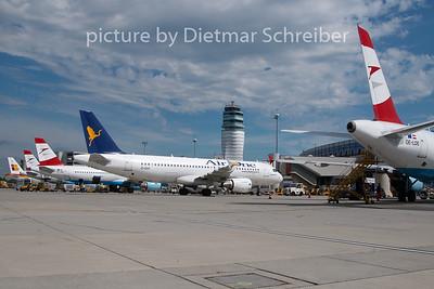 2010-08-25 EI-DSH Airbus A320 Air One