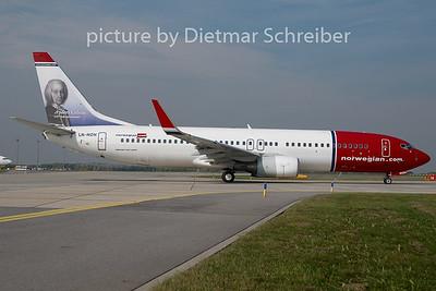 2010-09-24 LN-NON Boeing 737-800 Norwegian