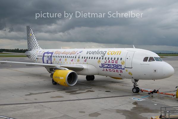 2010-09-29 EC-KDG Airbus A320 Vueling