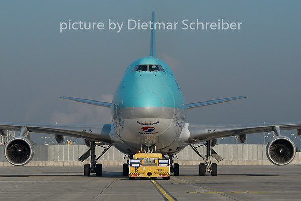 2010-09-22 HL7603 Boeing 747-400 Korean Air