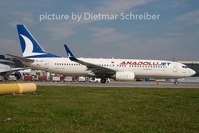 2010-09-24 TC-JGC Boeing 737-800 Anadolu Jet
