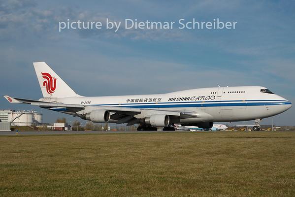 2010-10-31 B-2456 Boeing 747-400 Air Cina
