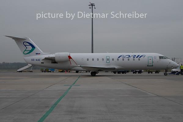 2010-11-19 S5-AAE Regionaljet Adria AIrways