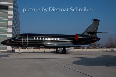 2010-12-30 G-OJAJ Falcon 2000