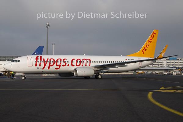 2011-01-28 TC-ABP Boeing 737-800 Pegasus