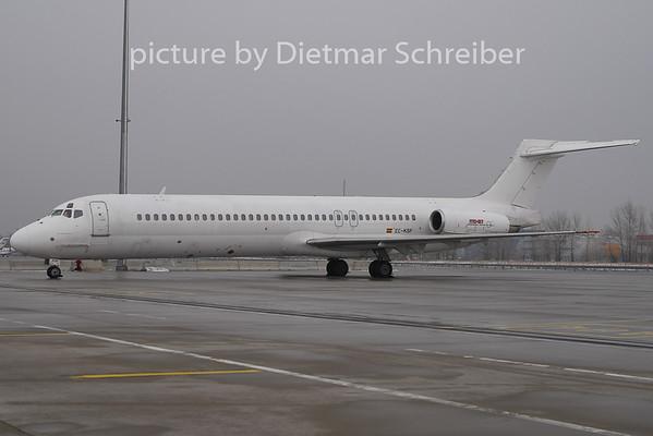 2011-01-27 EC-KSF MD87 Swiftair